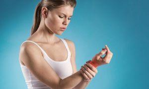 Растяжение связок кисти руки: симптомы
