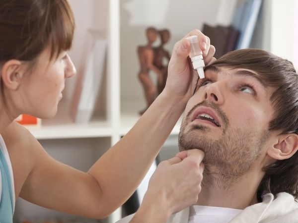 Применение капель для лечения глаз