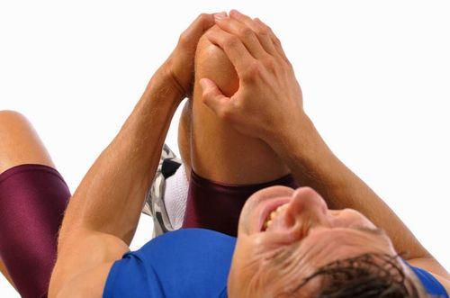 Боли при ушибе колена