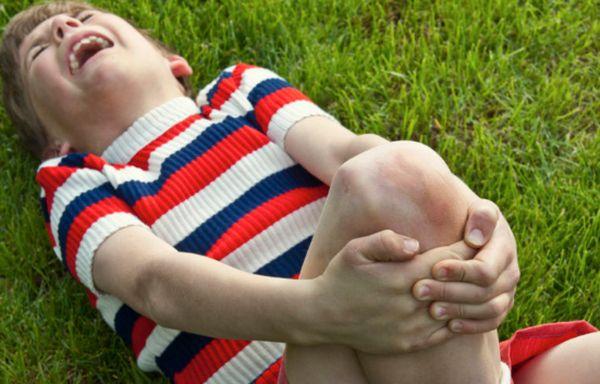 Ушибы ног у детей