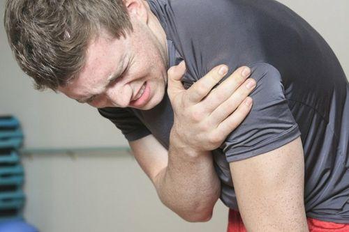 Боль при ушибе плеча