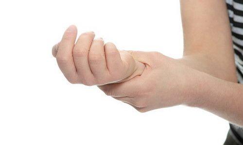 травма кисти руки